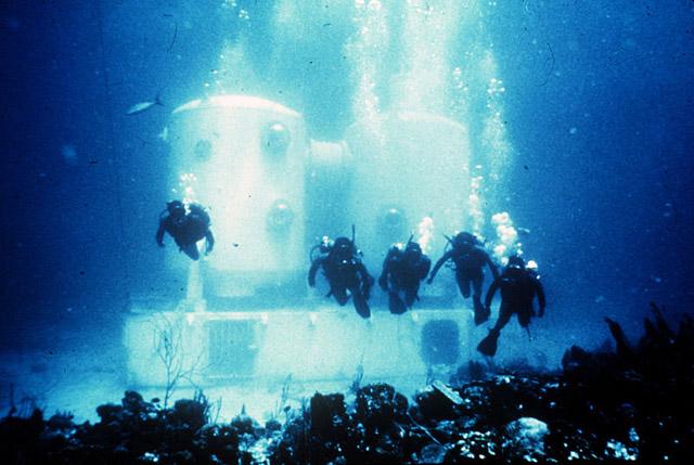 Undersea Labs 50 Years Of Living Underwater One World One Ocean